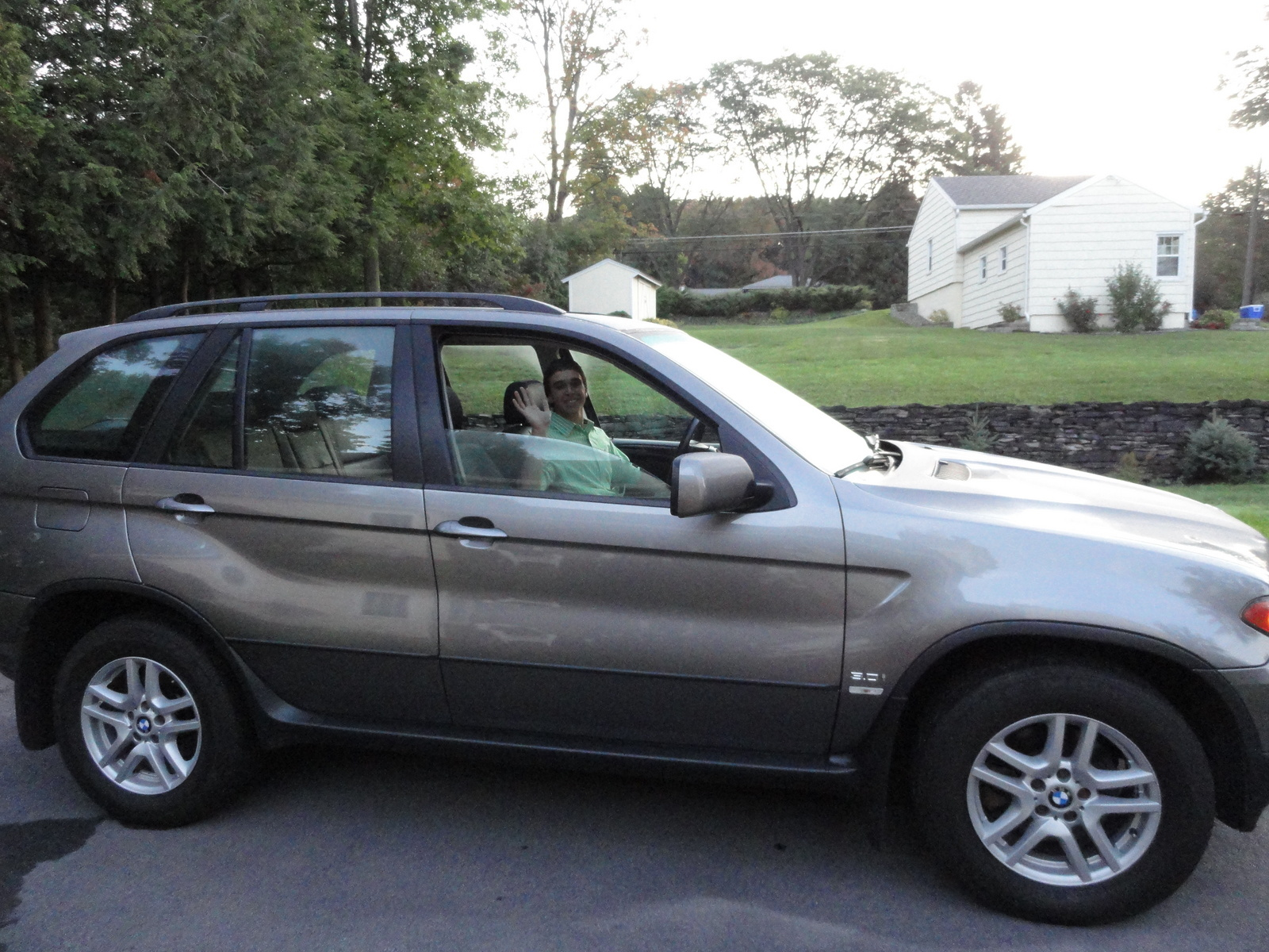 bmw x5 questions i bought a 2005 x5 back in august of 2011 it had 68 000 miles. Black Bedroom Furniture Sets. Home Design Ideas