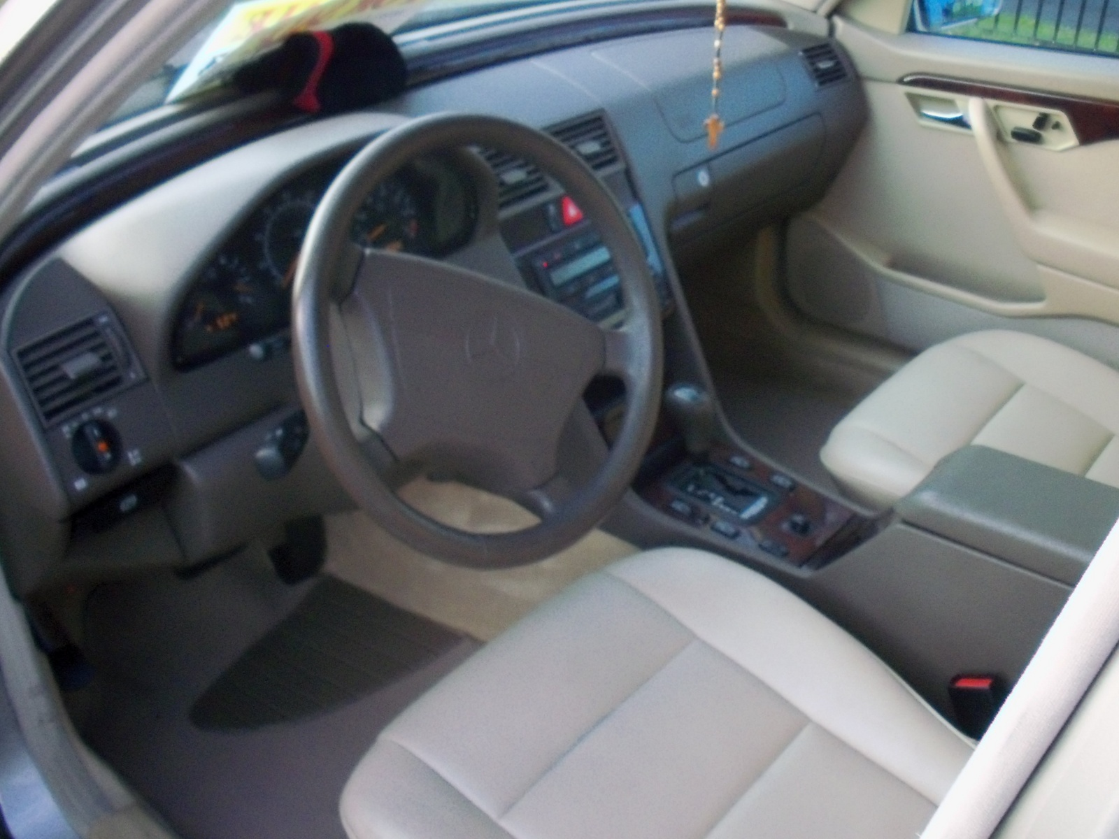 1999 Mercedes C280 Interior Pictures To Pin On Pinterest