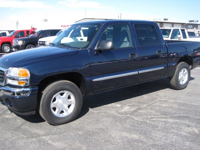 2007 GMC Sierra Classic 1500 4 Dr HD SLE1 Crew Cab 4WD picture, exterior