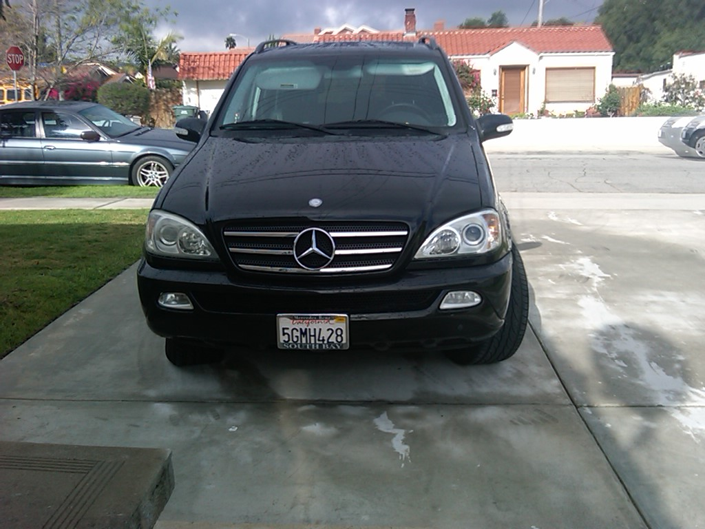 Mercedes benz m class ml awd dr suv pictures for Mercedes benz suv 2004