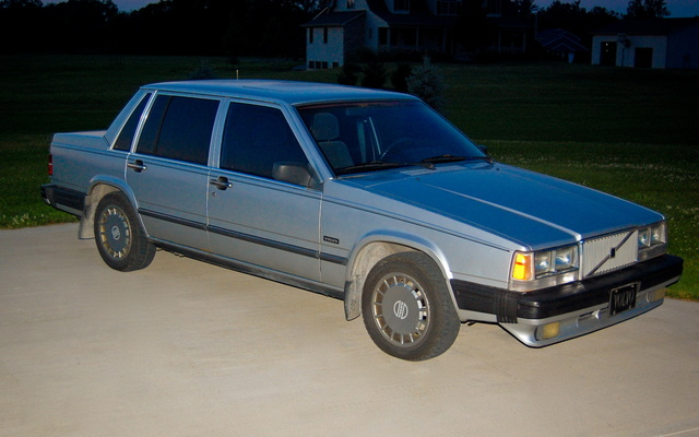 Picture of 1989 Volvo 740, exterior