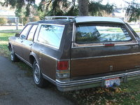 1989 Oldsmobile Custom Cruiser Overview
