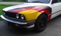1986 BMW 3 Series 325es, Just finished painting the hood, exterior