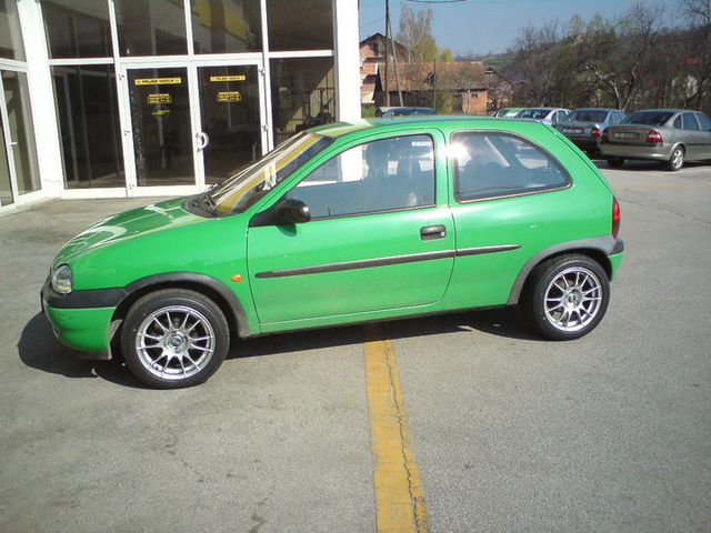 Picture of 1998 Opel Corsa