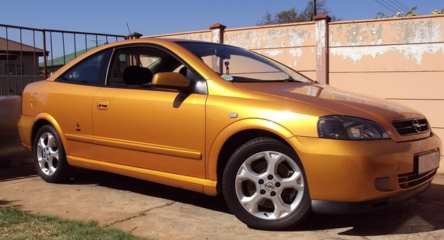 Picture of 2004 Opel Astra