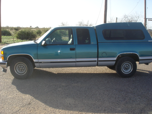 Picture of 1997 Chevrolet C/K 2500 Ext. Cab 6.5-ft. Bed 2WD
