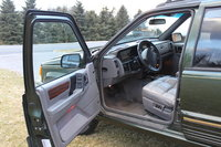1995 Jeep Grand Cherokee Limited 4WD, Picture of 1995 Jeep Grand Cherokee 4 Dr Limited 4WD SUV, interior