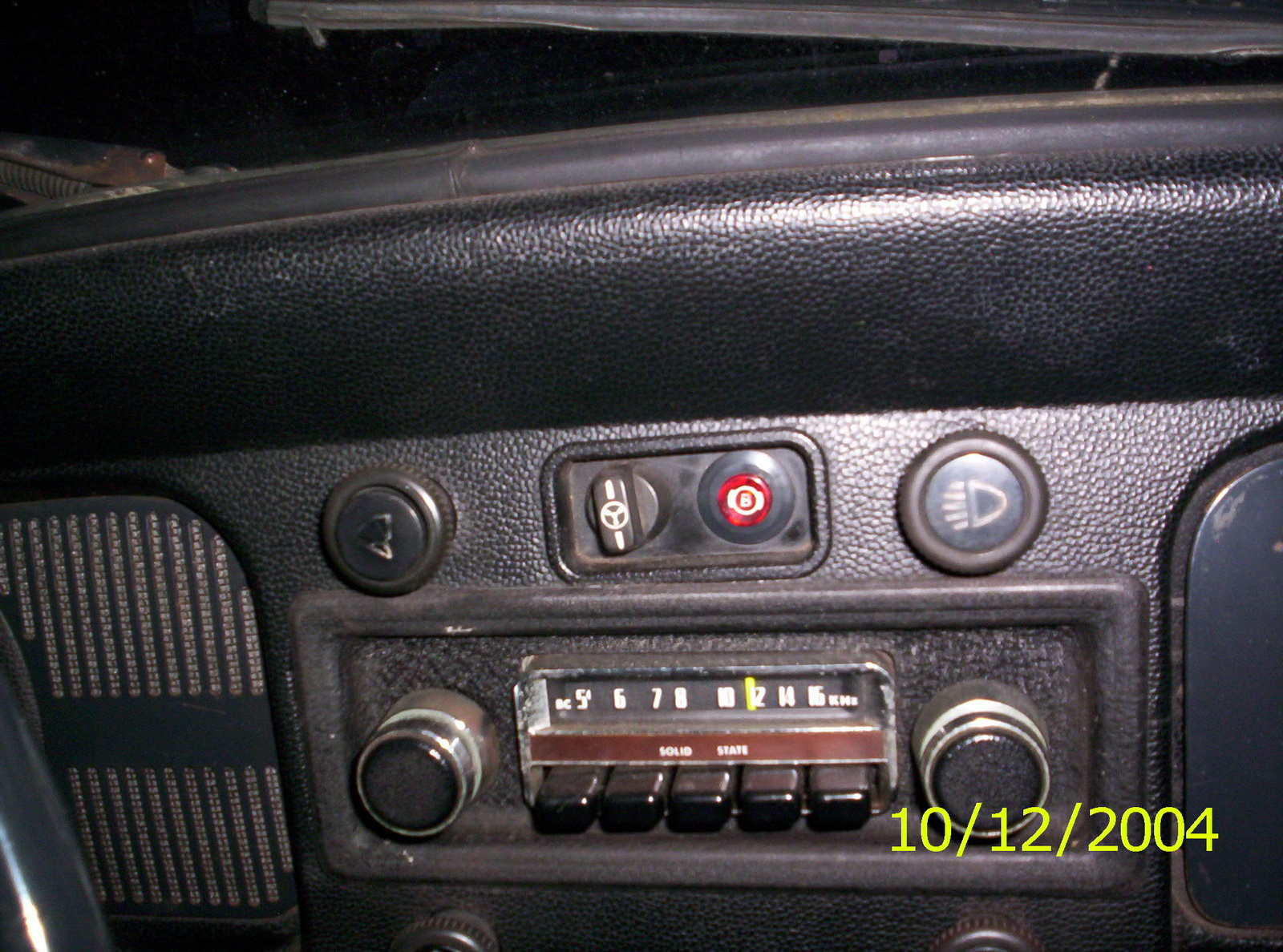 Volkswagen Beetle Questions What Do The Dash Knobs Control On A