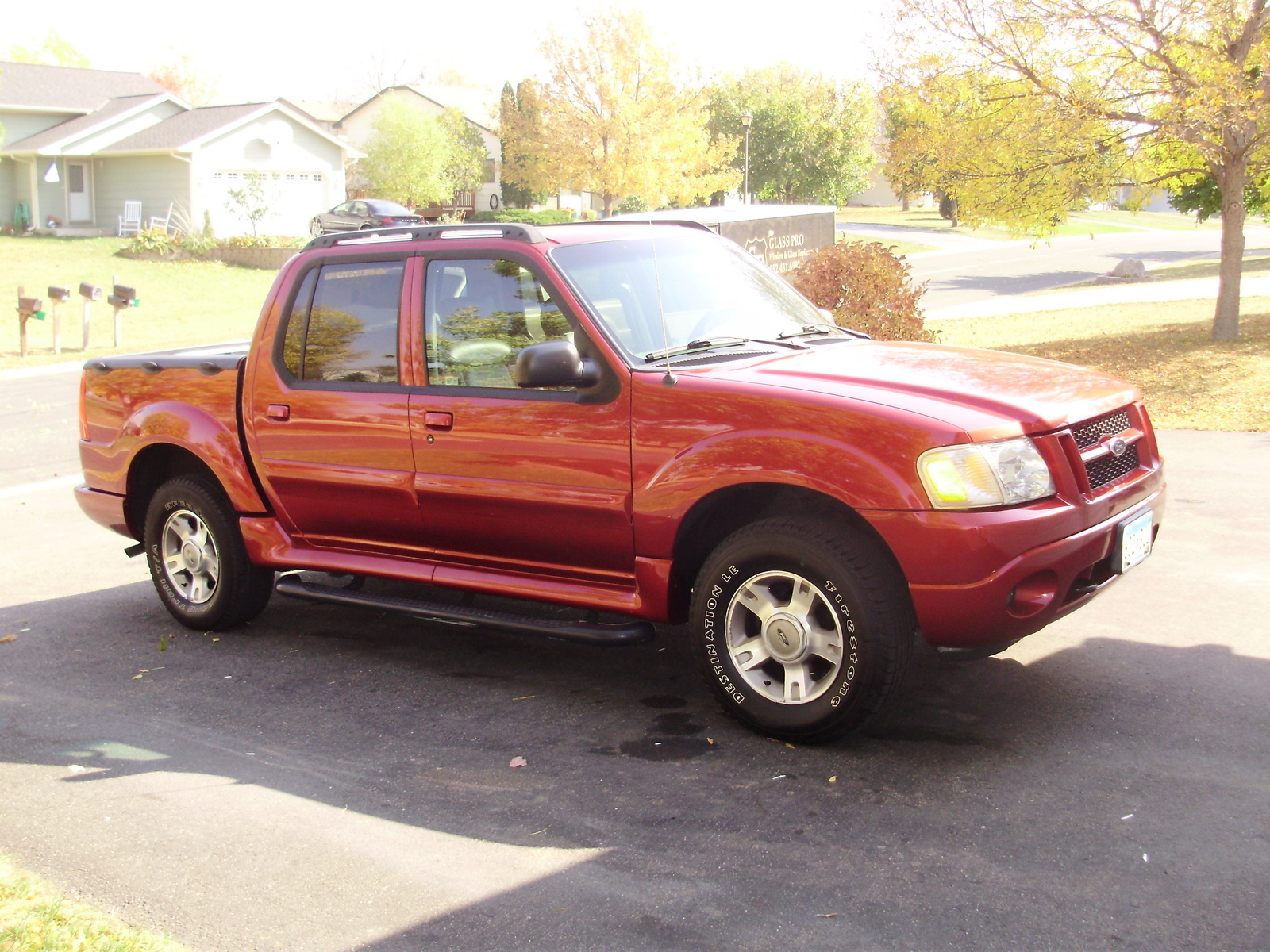 2004 ford explorer sport trac 4 dr xlt crew cab sb picture exterior. Cars Review. Best American Auto & Cars Review