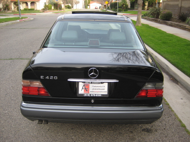 Picture of 1994 Mercedes-Benz E-Class 4 Dr E420 Sedan