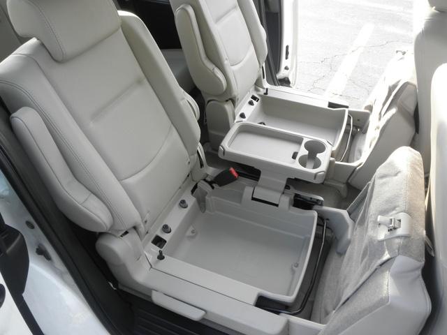 2010 Mazda MAZDA5 - Interior Pictures - CarGurus