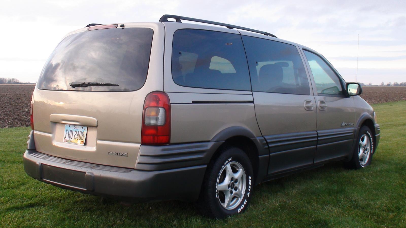2004 Pontiac Montana - Pictures