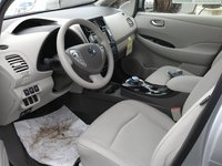 2012 Nissan Leaf SL picture, interior