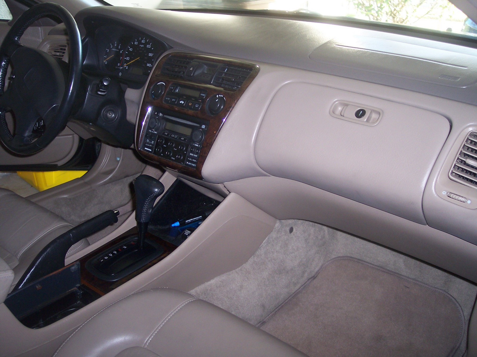 1996 Honda Accord Ex >> 2000 Honda Accord - Interior Pictures - CarGurus