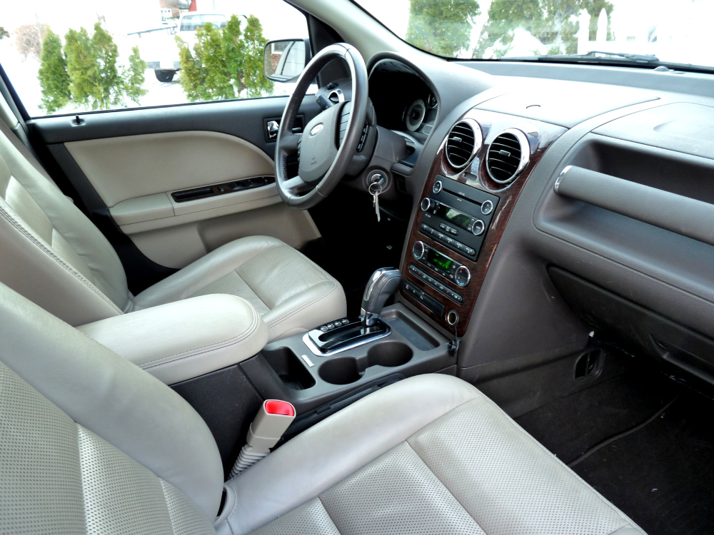 Ford Taurus X Limited AWD - Pictures - Picture of 2008 Ford Taurus X ...