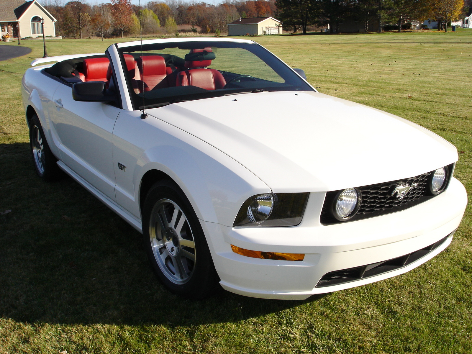 Red Leather Interior 2005 Ford Mustang Gt Premium Convertible Photo 2017 2018 Best Cars Reviews