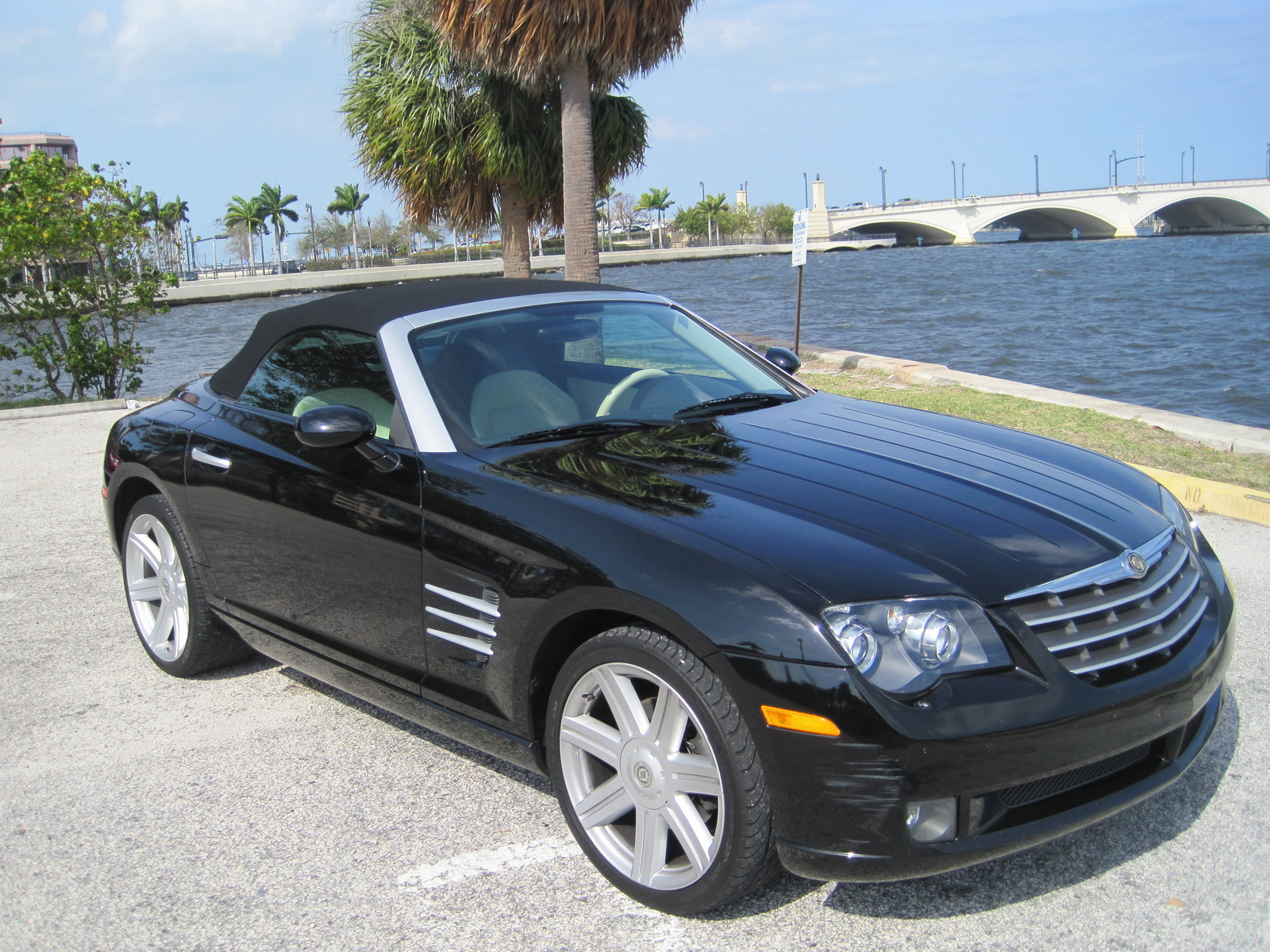 2008 chrysler crossfire pictures cargurus. Black Bedroom Furniture Sets. Home Design Ideas