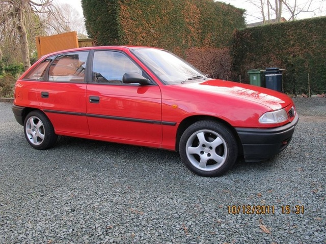 Picture of 1989 Vauxhall Astra