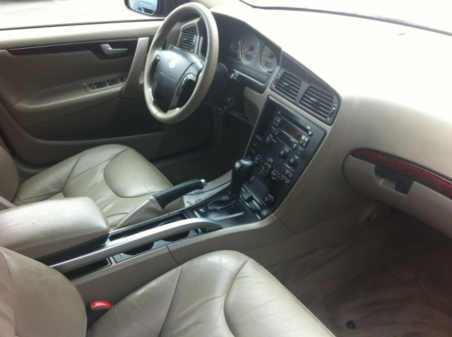 picture of 2004 volvo xc70 cross country interior gallery_worthy