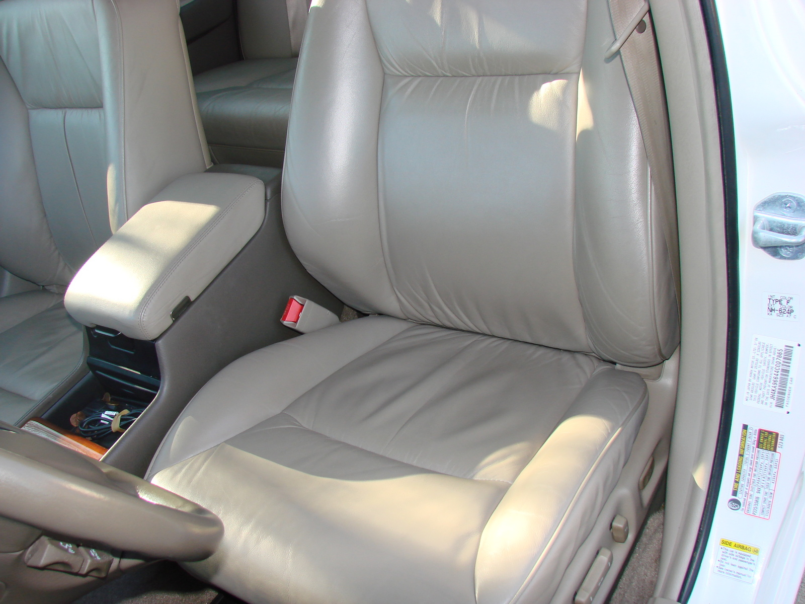 Acura Tl Type S Pic additionally Large furthermore  together with Acura Tl Spd At W Navigation Pic further D Acura Legend Sale Acura Legend. on 2000 acura rl specs