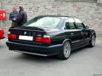 1993 BMW M5 Overview