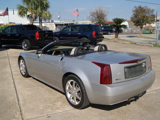 2006 cadillac xlr pictures cargurus. Black Bedroom Furniture Sets. Home Design Ideas