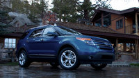 2013 Ford Explorer, exterior front right quarter view, manufacturer, exterior