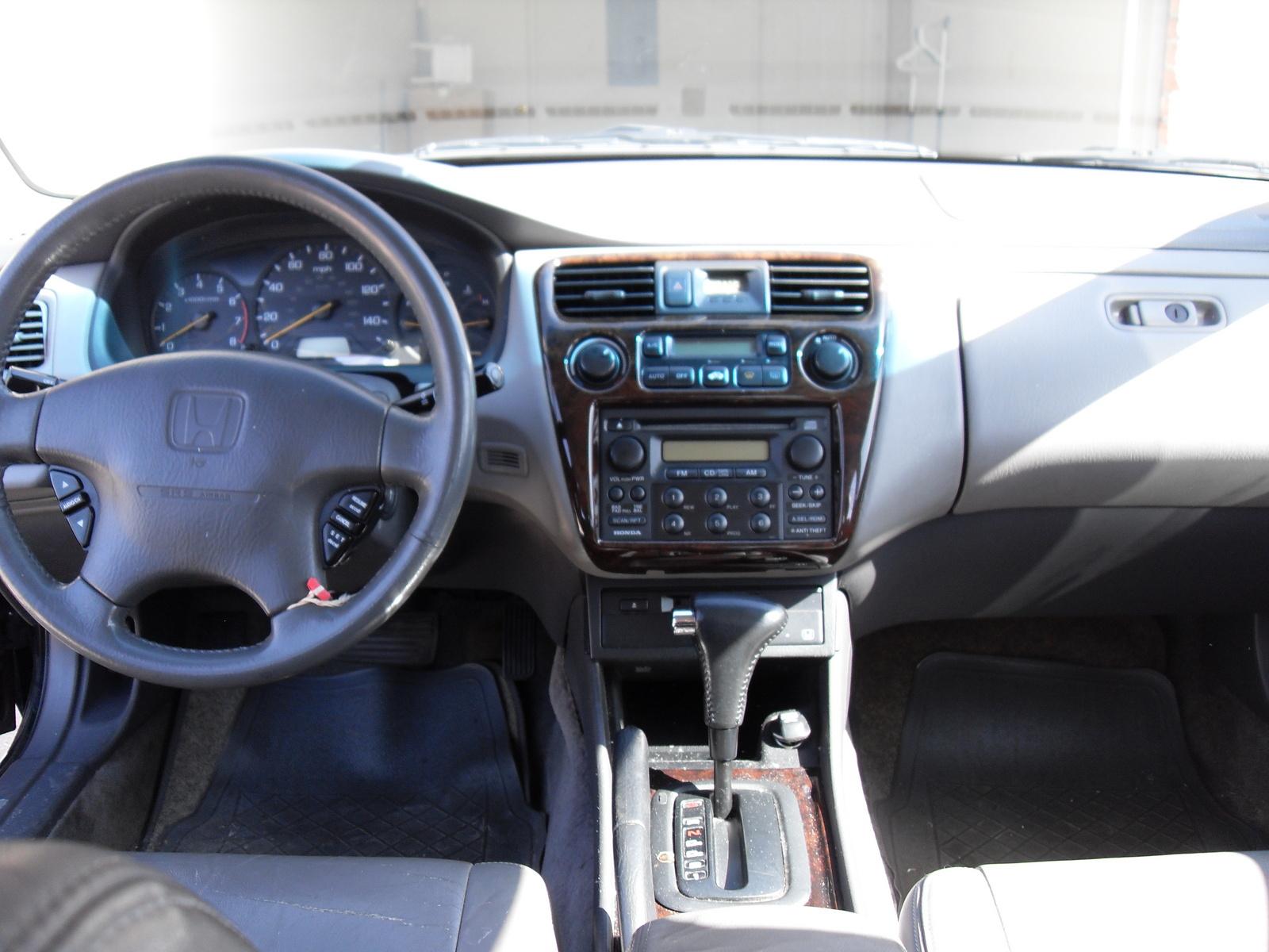 2000 Honda Accord - Interior Pictures - CarGurus