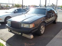 1990 Lincoln Mark VII LSC, The fog lights are aftermarket but I keep running them so I can save my GT750 Marchals., exterior