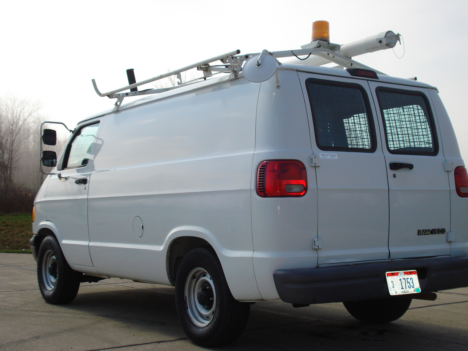 Dodge Ram Van Dr Cargo Van Pic on 1999 Dodge Ramcharger