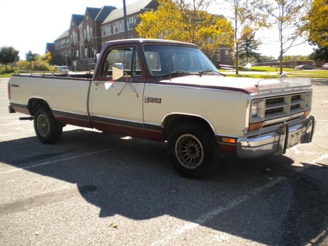1985 Dodge RAM 150 Short Bed picture