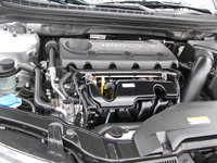 Picture of 2011 Kia Forte SX Hatchback, engine