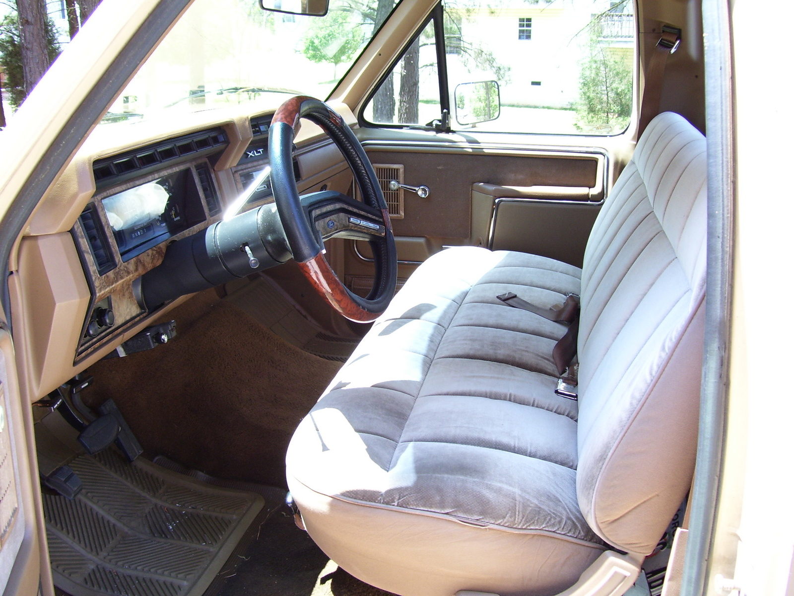 1986 ford truck interior parts for Ford interior replacement parts