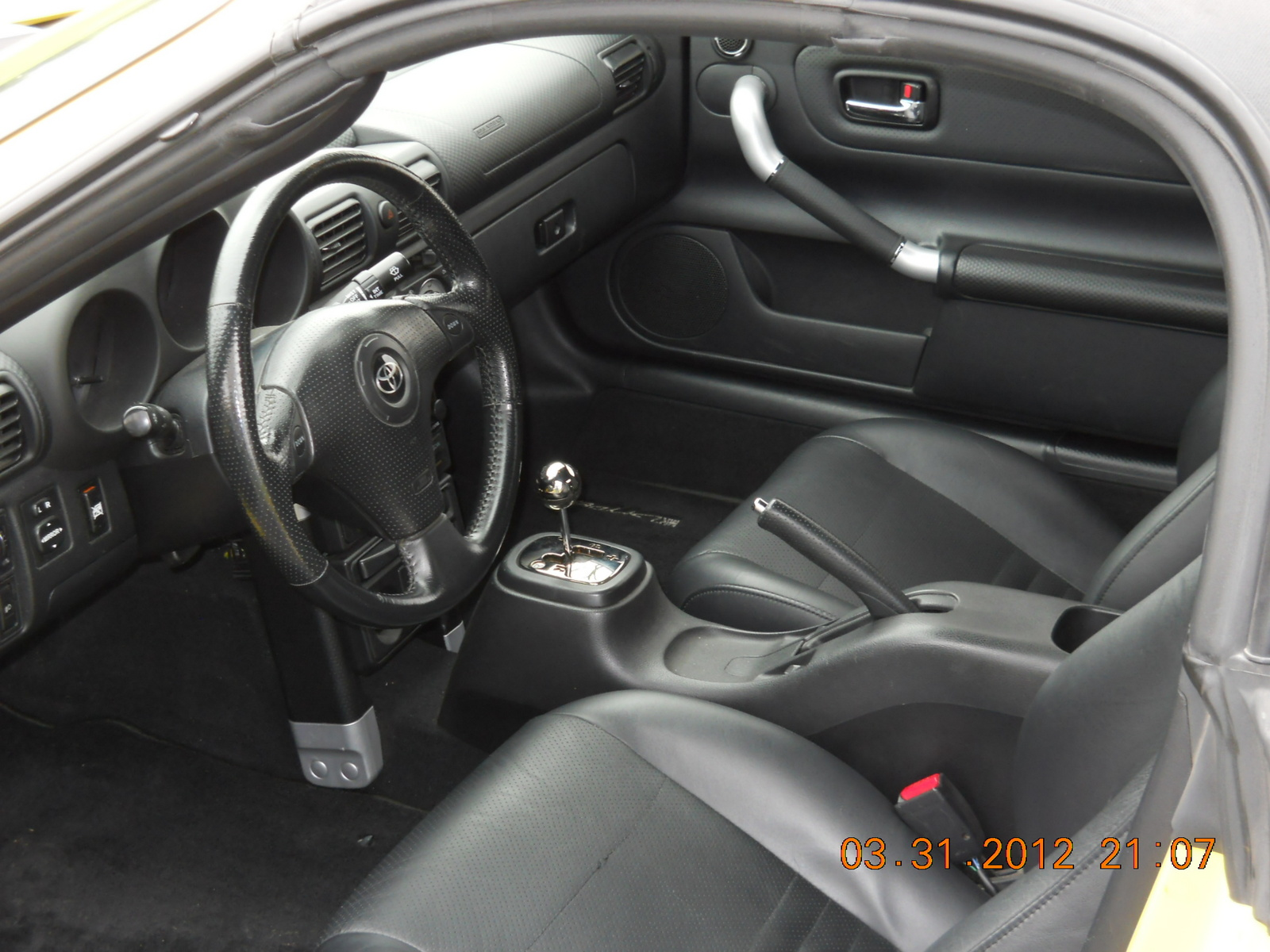 2003 toyota mr2 spyder interior pictures cargurus for Mr trim convertible tops and interiors