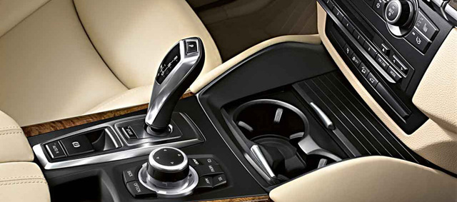 2013 BMW X6, interior middle panel, interior, manufacturer