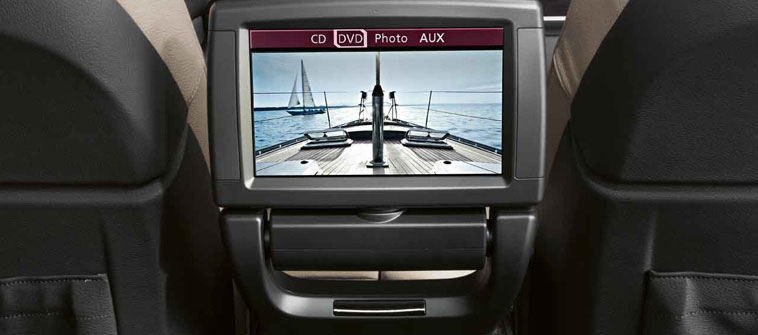2013 BMW X6, interior navigation panel, manufacturer, interior