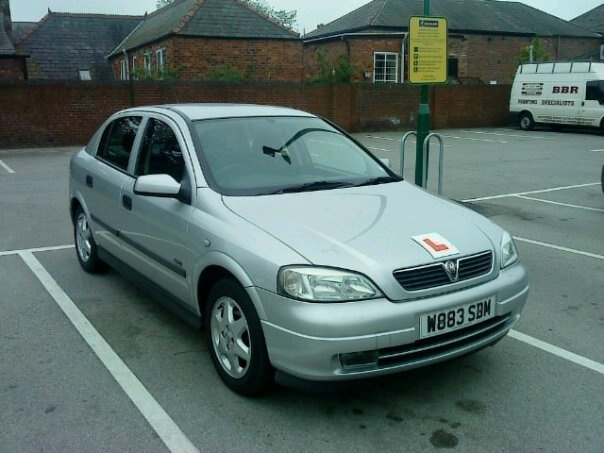 Picture of 2000 Vauxhall Astra