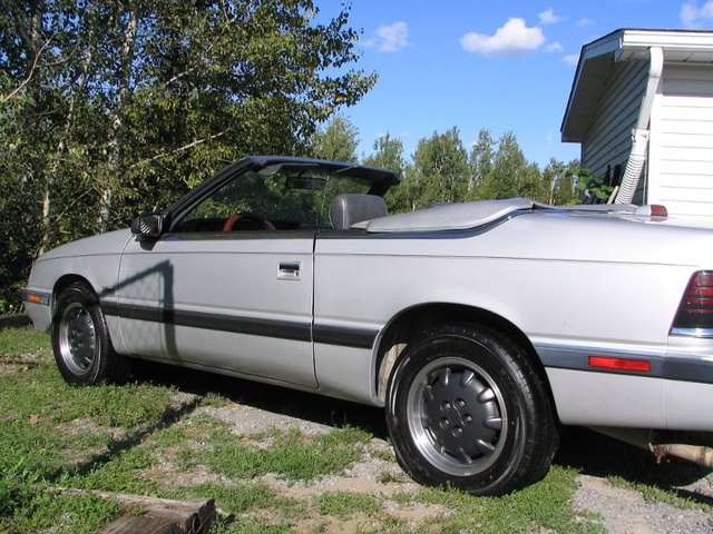 Picture of 1989 Chrysler Le Baron