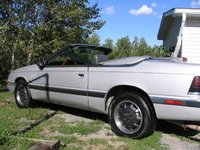 1989 Chrysler Le Baron Overview