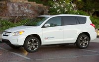 2013 Toyota RAV4 Picture Gallery