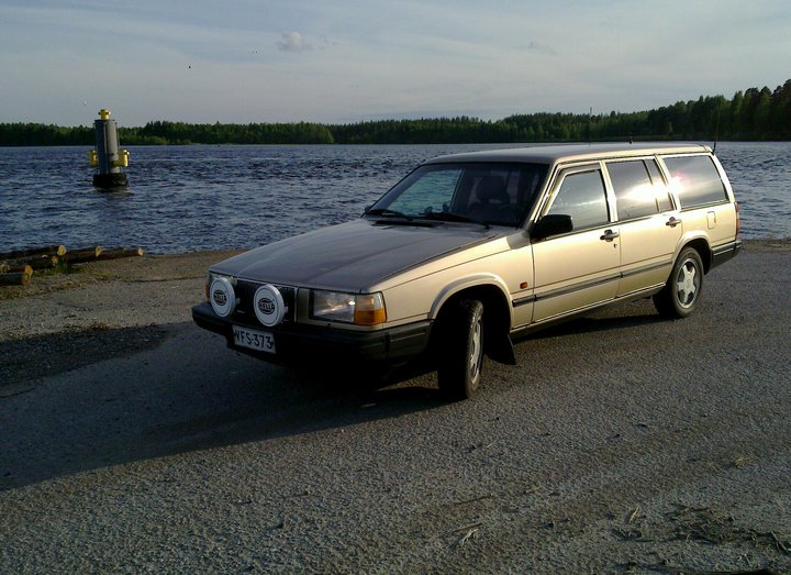 Picture of 1992 Volvo 740 4 Dr GL Wagon