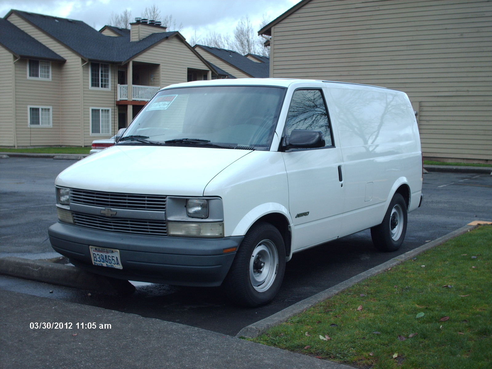 where did levi strauss immigrate from
