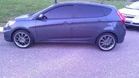 Picture of 2012 Hyundai Accent GS 4-Door Hatchback FWD, exterior, gallery_worthy