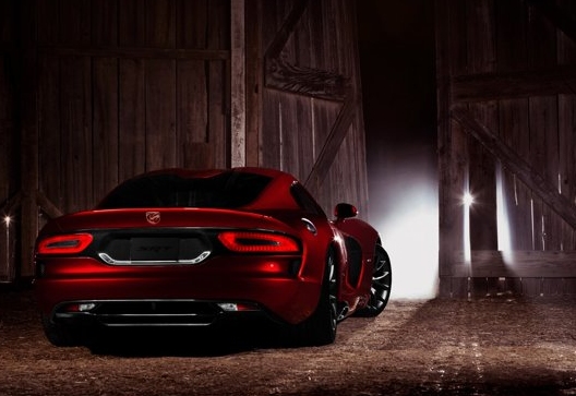 2013 SRT Viper, Back quarter view copyright Yahoo Autos. , manufacturer, exterior