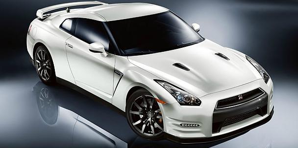 2013 Nissan GT-R, Front quarter view. , exterior, manufacturer