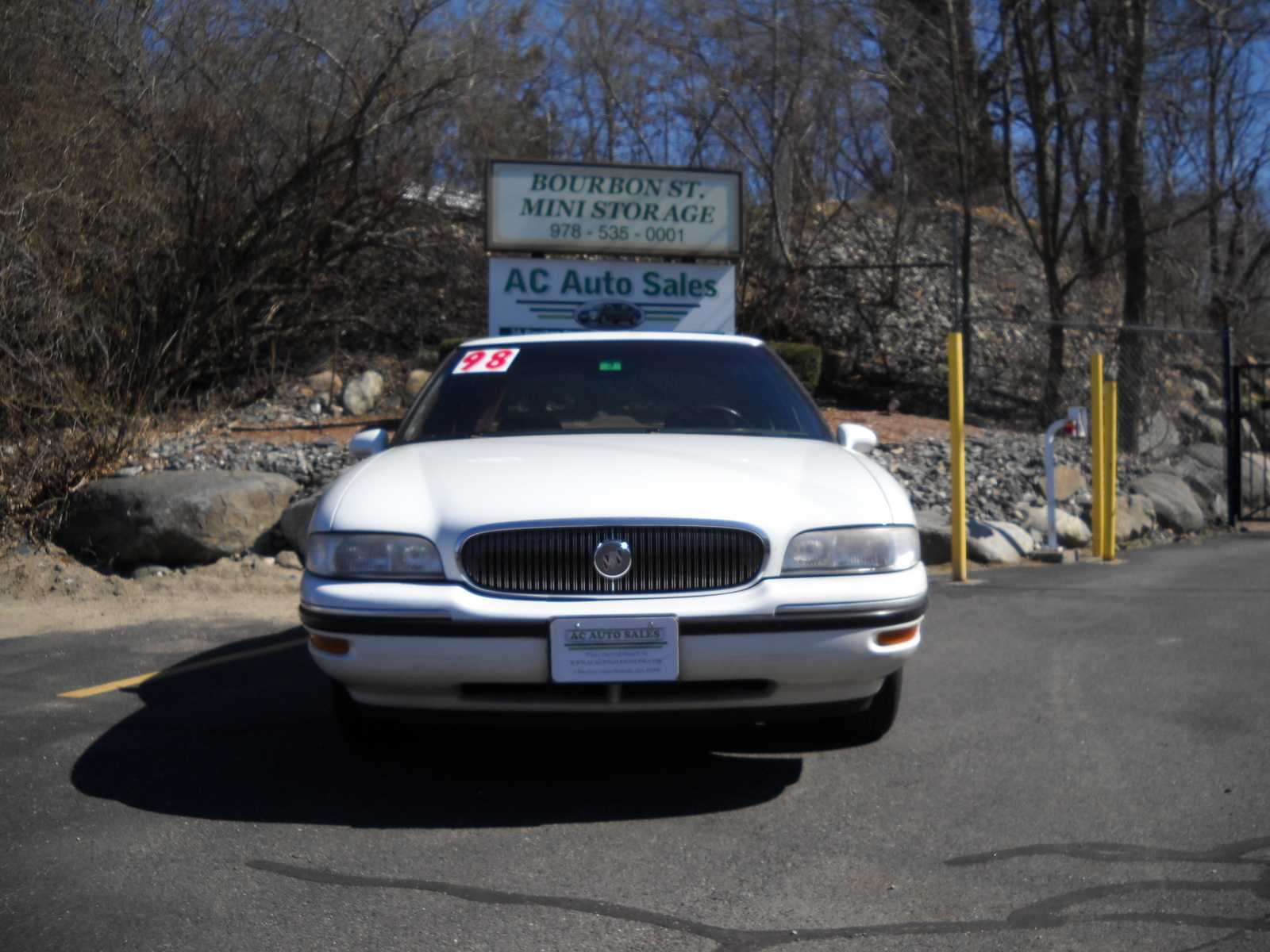 2004 Buick Park Avenue Side View