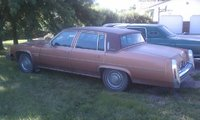 1982 Cadillac DeVille Picture Gallery