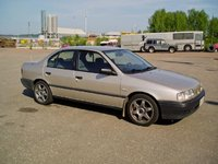 1994 Nissan Primera Picture Gallery