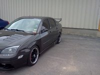 2005 Ford Focus ZX4 SES picture, exterior