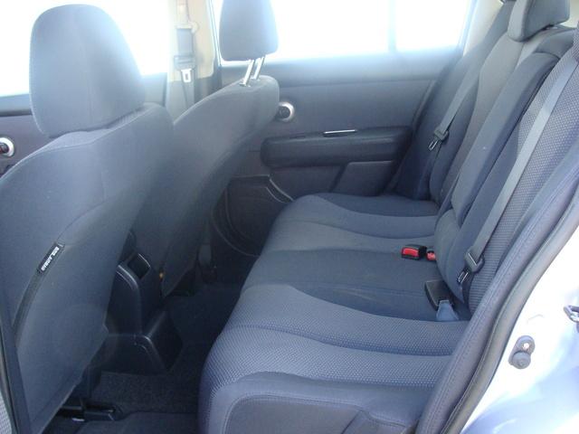 Picture of 2009 Nissan Versa SL Hatchback, interior